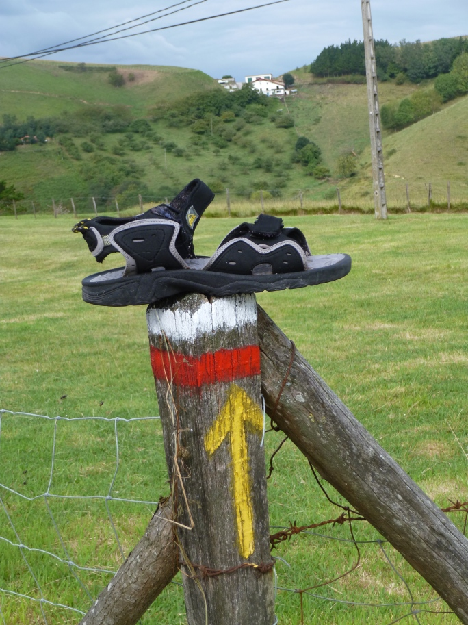 Remember the Keen sandal I found on my last Camino? I doubt this one will find its owner by my efforts . . .