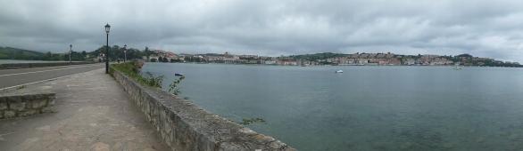 The bridge to San Vicente de la Barquera