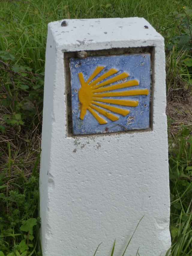 In Asturias, the small end of the shell points the direction